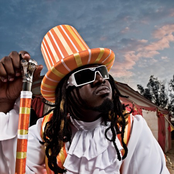 T-Pain - Apple Bottom Jeans Lyrics | MetroLyrics