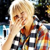 Sia - Breathe Me Songtext und Lyrics auf Songtexte.com