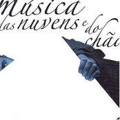 Música Das Nuvens E Do Chão