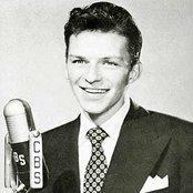 Frank Sinatra 21db0316ce614fc1af2c47e028e4955e