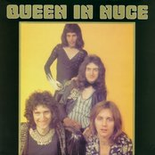 Queen in Nuce