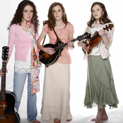 The Peasall Sisters - He Leadeth Me Songtext und Lyrics auf Songtexte.com