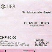 2004-12-17: St. Jakobshalle, Basel, Switzerland (disc 1)
