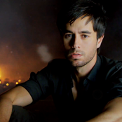 Enrique Iglesias - Ring My Bells Songtext und Lyrics auf Songtexte.com