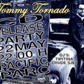 Tommy Tornado live