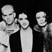 PLACEBO - ASHTRAY HEART LYRICS