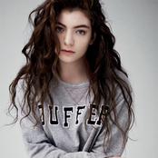 Lorde - Tennis Court Songtext und Lyrics auf Songtexte.com