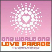 Love Parade 2000: One World One Love Parade (disc 1)