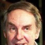 Harald Juhnke - Irgendwann geht jeder fort Songtext und Lyrics auf Songtexte.com
