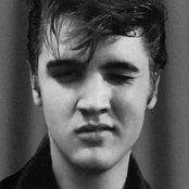 Elvis Presley 511f9704001844e8b2baacee12f478ed