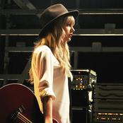 Taylor Swift - I Knew You Were Trouble. Songtext und Lyrics auf Songtexte.com