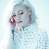 Madeline Juno - Like Lovers Do Songtext und Lyrics auf Songtexte.com