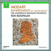 Mozart : Divertimenti K136, K137, K138 & K251