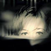 Anne Clark - Our Darkness Songtext und Lyrics auf Songtexte.com