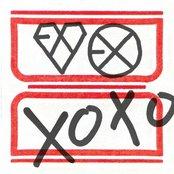The 1st Album 'XOXO'