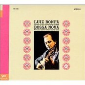 Plays And Sings Bossa Nova