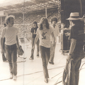 Eagles - Eagles Songtexte und Lyrics auf Songtexte.com