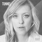 Tunnel ( Deluxe )