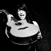 Edwina Hayes - Feels Like Home Songtext und Lyrics auf Songtexte.com