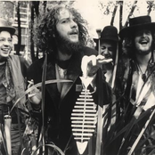 'Jethro Tull lyrics' from the web at 'http://img2-ak.lst.fm/i/u/174s/8036828a8e5d4993ad7276526e24d92f.png'
