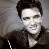 Elvis Presley 8cd90ed46ed64b488c50d995781d5881
