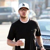 Justin Timberlake 90c8947c5cb9408ebc13eb72890e028f