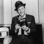 Frank Sinatra 9c0fe6d431634edcb66e25812f5a8a44