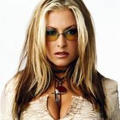 Anastacia - I'm Outta Love Songtext, Übersetzungen und Videos auf Songtexte.com