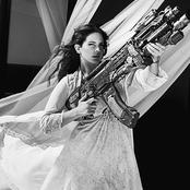 Lana Del Rey - Born to Die Songtext, Übersetzungen und Videos auf Songtexte.com