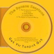 Get Yir Teapot Oot