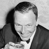Frank Sinatra ac5878585c524de68495067573c007e4