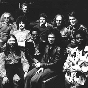 Tower of Power Songtexte, Lyrics und Videos auf Songtexte.com