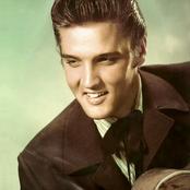 Elvis Presley b7c39da44e68446287cb3e7eaacc6073