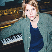 Tom Odell - Another Love Songtext und Lyrics auf Songtexte.com
