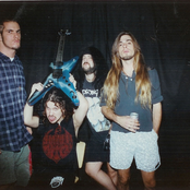 Pantera - Cowboys From Hell Songtexte und Lyrics auf Songtexte.com