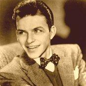 Frank Sinatra c8493842d43449e9aff1c64fa3897ee0