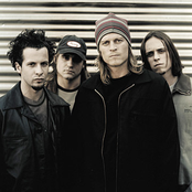 Puddle of Mudd - Volume 4: Songs in the Key of Love & Hate Songtexte und Lyrics auf Songtexte.com