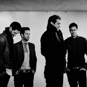 Keane - Everybody's Changing (BBC 6 Music live) Songtext und Lyrics auf Songtexte.com