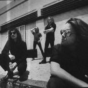 Metallica - One Songtext und Lyrics auf Songtexte.com