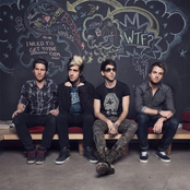 All Time Low - Somewhere in Neverland Songtext und Lyrics auf Songtexte.com