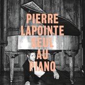 Pierre Lapointe seul au piano