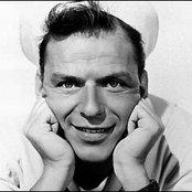 Frank Sinatra e76a2d24c3404714a8794ccff039b2ea