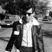 Link Wray Songtexte, Lyrics und Videos auf Songtexte.com