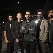 Linkin Park - Burn It Down Songtext und Lyrics auf Songtexte.com
