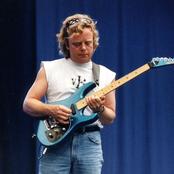 Ian Crichton