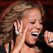 Mariah Carey - All I Want for Christmas Is You Songtext und Lyrics auf Songtexte.com
