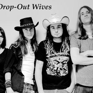 Bild för 'The Drop out Wives'