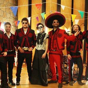 Image for 'Los Zopilotes Txirriaos'