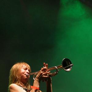 Saskia Laroo - Body Music
