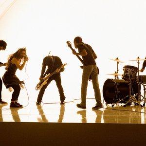 Bild för 'Flyleaf'
